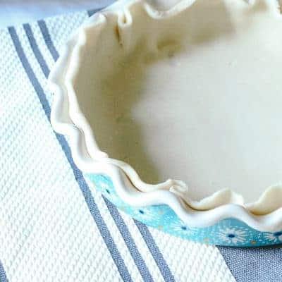 Pioneer Woman Pie Plate with bottom pie crust