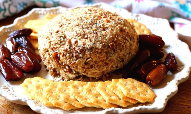 Easy Pineapple Cheese Ball Recipe