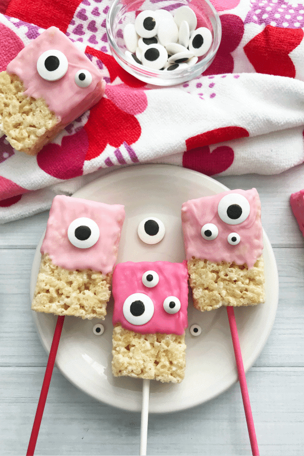 Adorable Googly Eyed Valentine's Day Marshmallow Treats - recipe