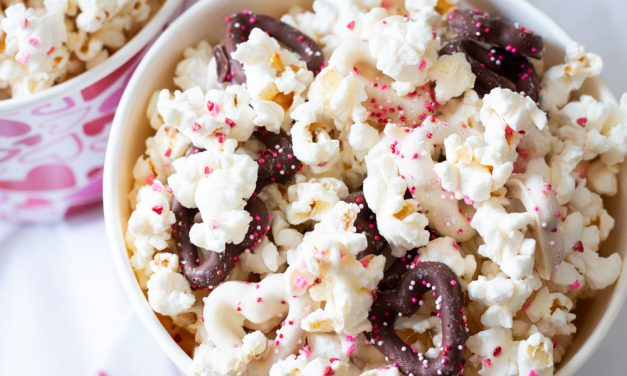 Valentine's Day White Chocolate Popcorn Recipe