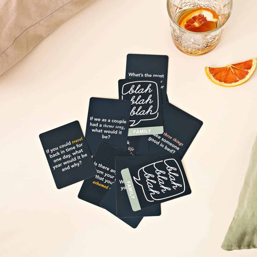 Love Language: Card Game - 150 Conversation Starter Questions for Couples