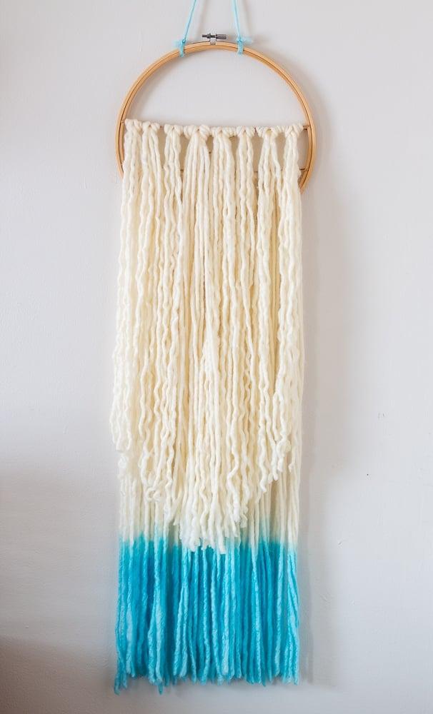 DIY Yarn Boho Wall Hanging Plain with dyed yarn