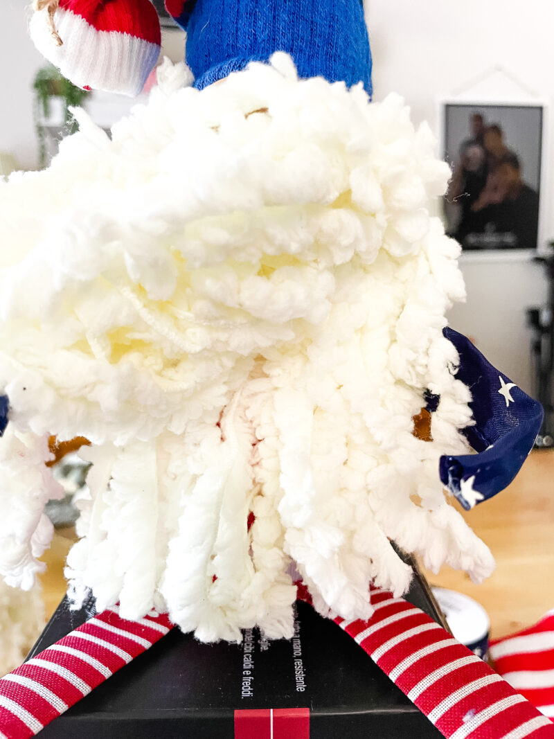 Double layer yarn bear for patriotic gnome